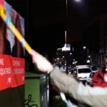 Mar Piñeiro inicia a campaña coa tradicional pegada de carteis